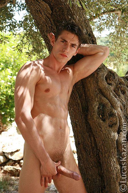 bakeka incontri gay firenze italian gay boys