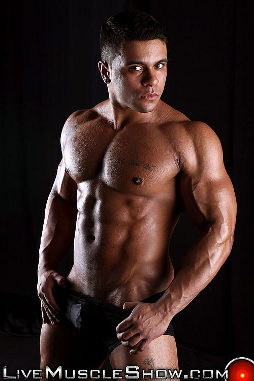 gay chat talk tohot hunks on the phone for free