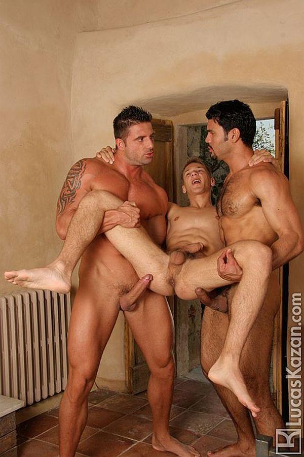 Порно фото итальянских мужчин