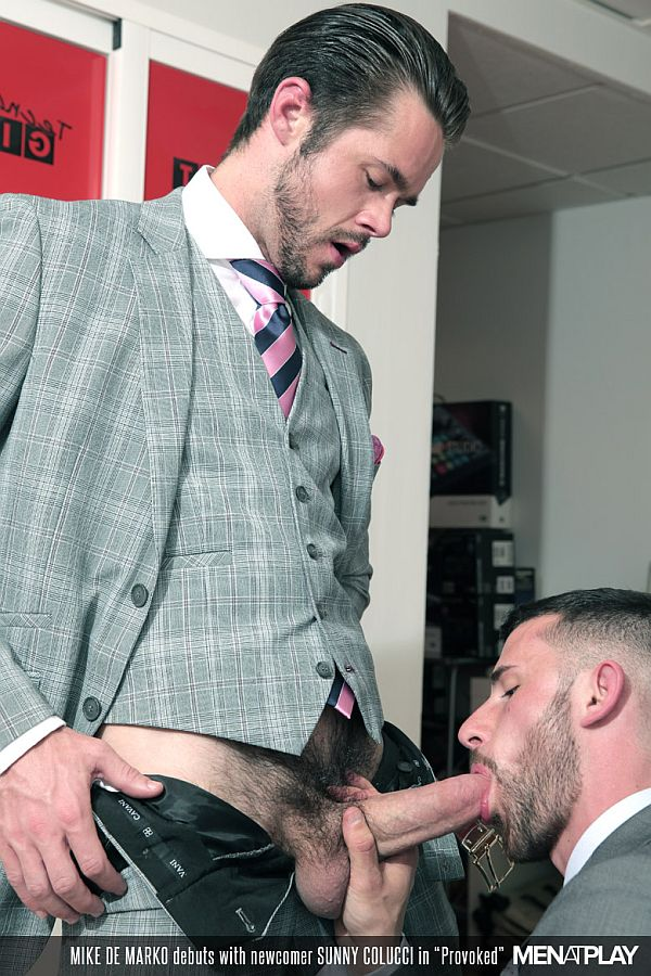 【影片名稱】:MenAtPlay - Sunny Colucci Fucks Mike De Marko in 'Provoked
